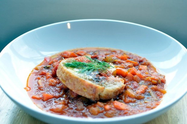 https://genomicgastronomy.com/wp-content/uploads/2010/06/FishTomatoSoupCompressed1-620x411.jpg